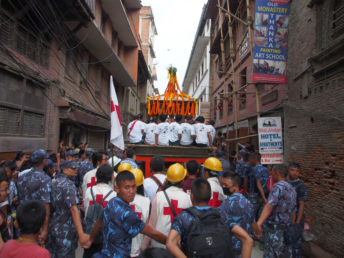 Carul din spate - Kumari