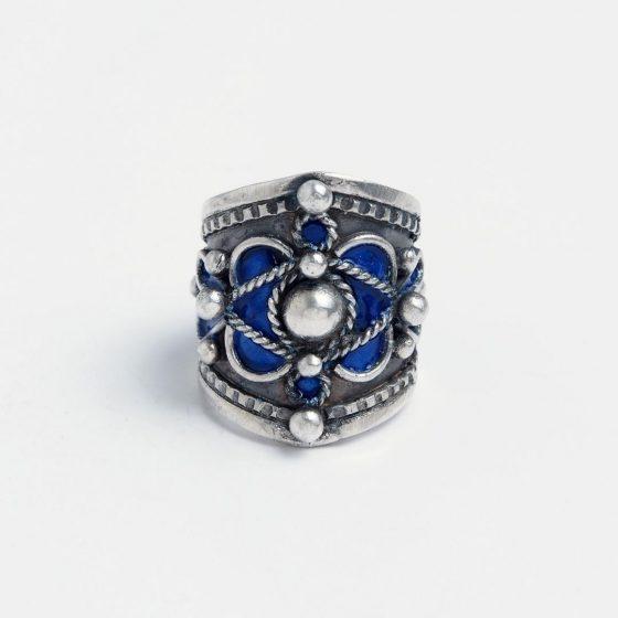 inel din argint patinat si email albastru
