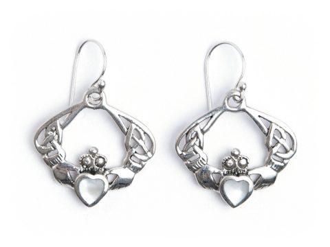 Cercei simbol celtic Claddagh, argint și sidef 89 lei