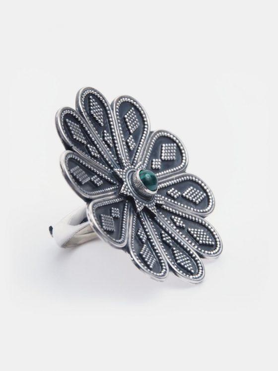 inel statement din argint si malachit, sub forma de floare