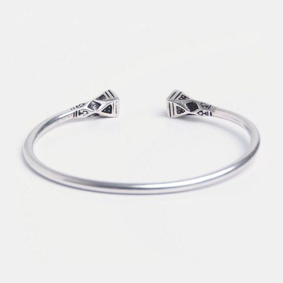 Bratara amuleta din argint, pentru barbati, lucrata in Niger este o idee de cadou unic pentru iubitul tau