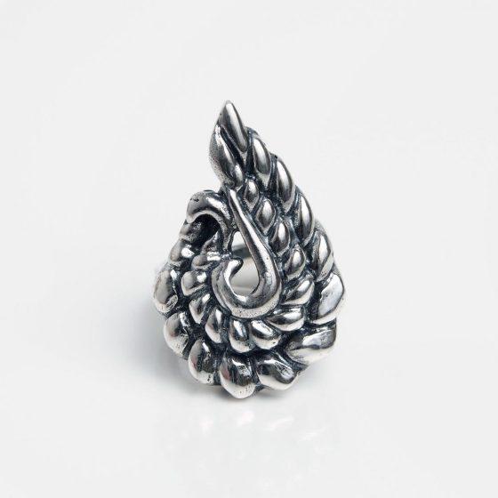 Inel paun din argint, lucrat manual in India, este o idee inspirata de cadou pentru iubita