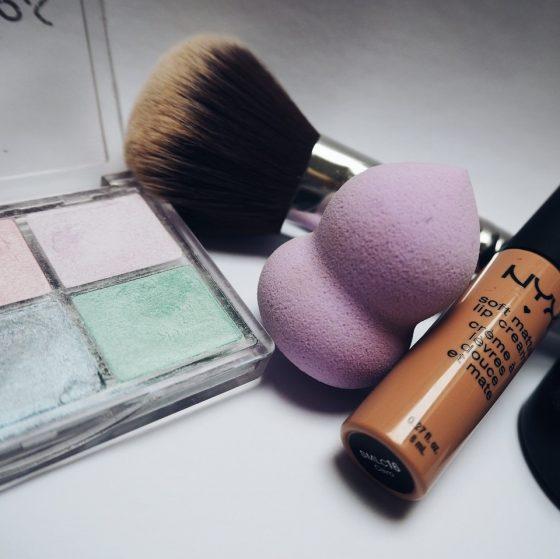 set cadou produse cosmetice de ziua femeii