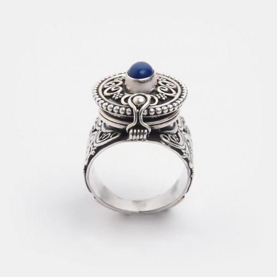 inel statement din argint si lapis lazuli, piatra zodiei sagetator