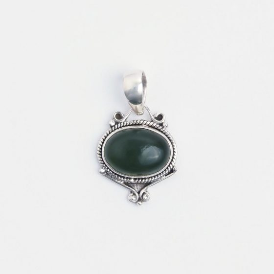 pandantiv din argint si piatra de agat verde, lucrat handmade in India