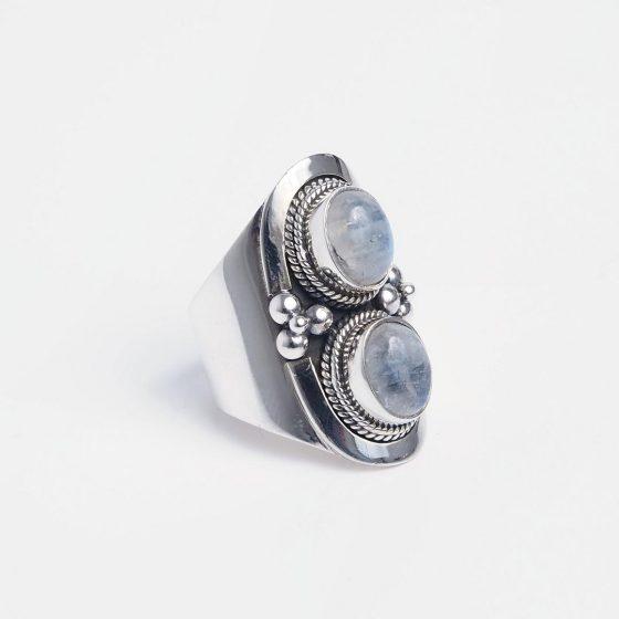 Inel masiv din argint si piatra lunii naturala, lucrat manual in India