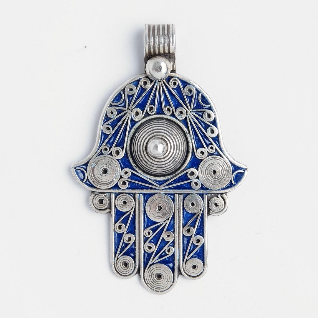 Amuletă Hamsa cu două fețe, argint și email albastru, Maroc