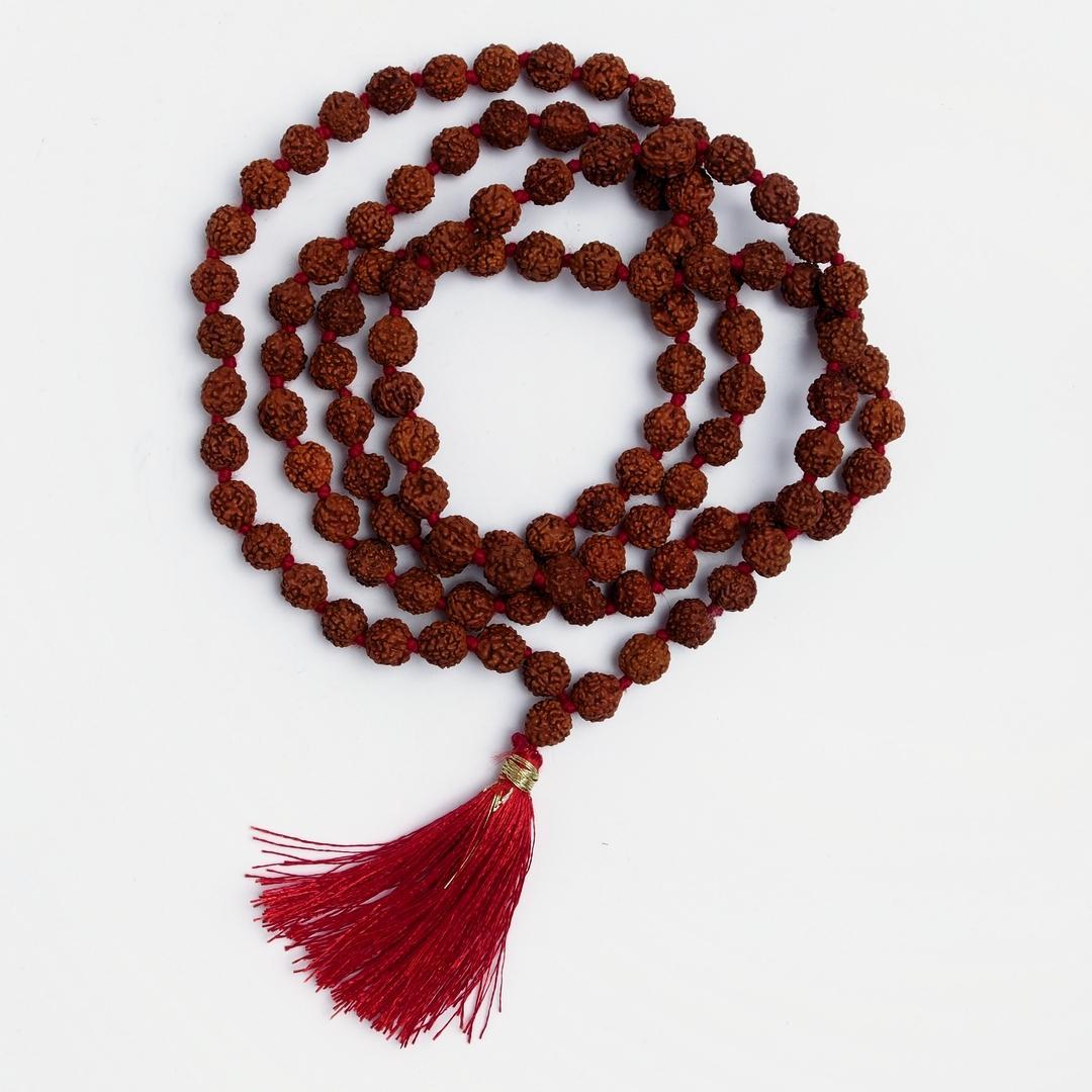 Amuletă rudraksha mala originală, semințe de rudraksha și fir roșu de mătase, India