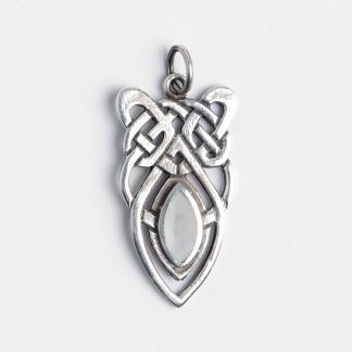 Amuletă scut celtic, argint și sidef