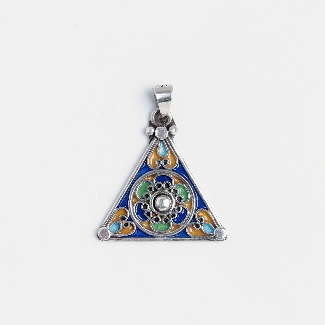 Amuletă simbolul feminității, argint și email, Maroc
