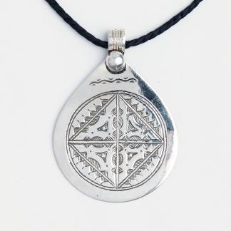 Amuletă tuaregă Inadan, argint gravat, șnur de piele, Niger
