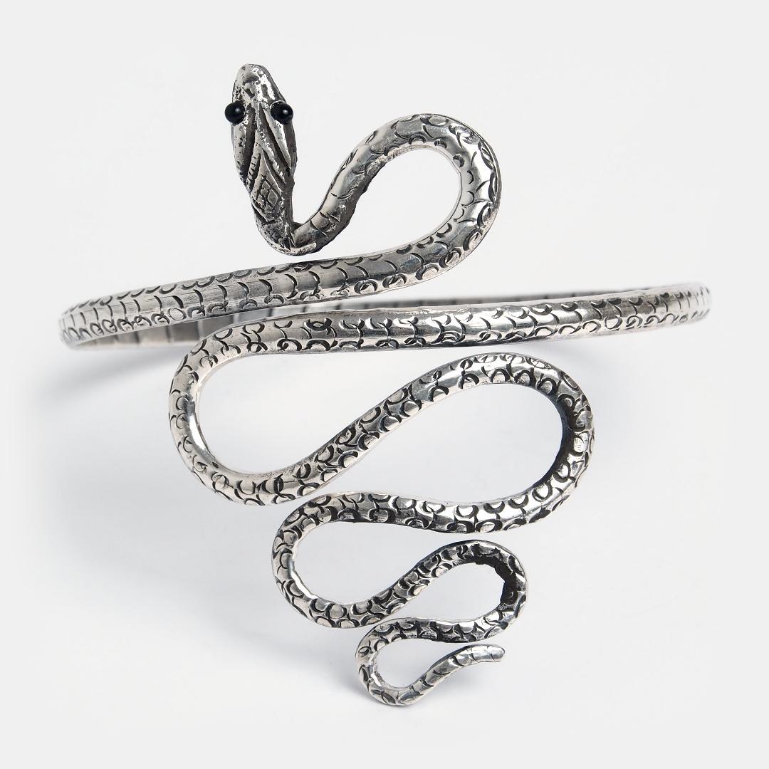 Brățară de argint pentru braț Kundalini, India