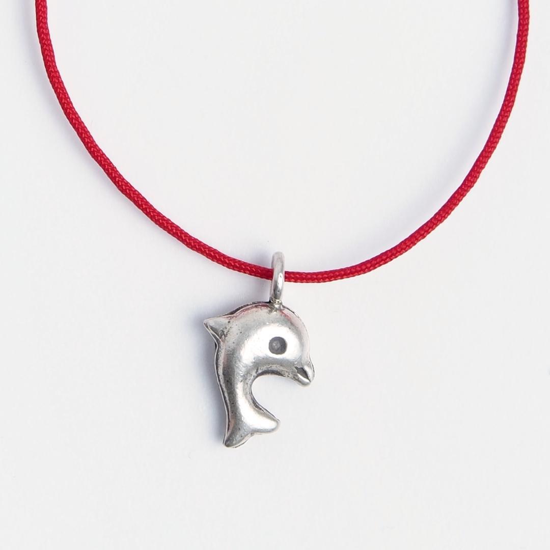 Brățară delfin din argint și fir roșu, reglabilă