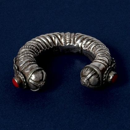 Brățară egipteană, argint, sec. XX