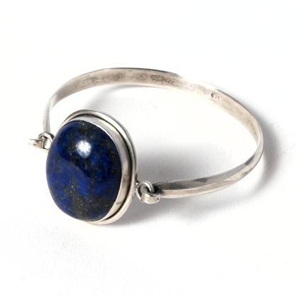 Brățară nepaleză rigidă, argint și lapis lazuli