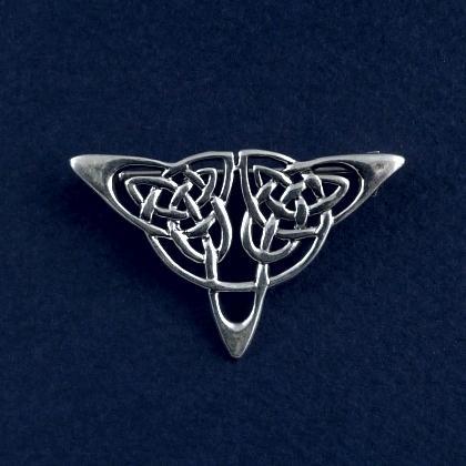 Broșă celtică triunghiulară, argint