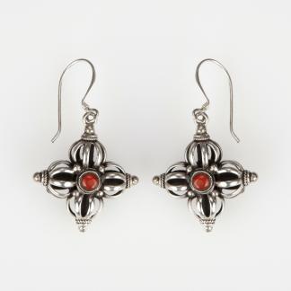 Cercei amuletă dorje dublu, argint, turcoaz și coral, Nepal