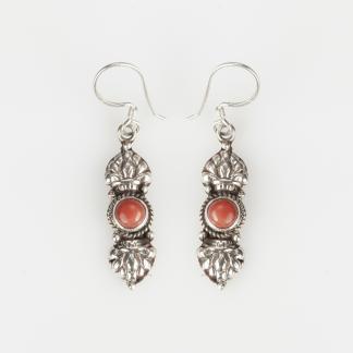 Cercei amuletă vajra, argint și coral, Nepal