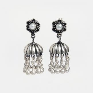 Cercei din argint jhumka Meethi cu perle de cultură, India
