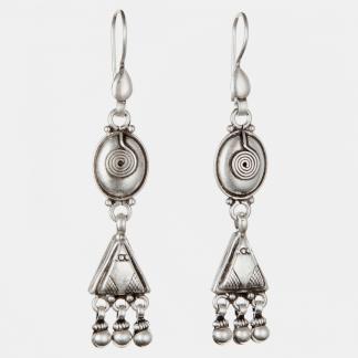 Cercei lungi, spirală, triunghi, argint, India