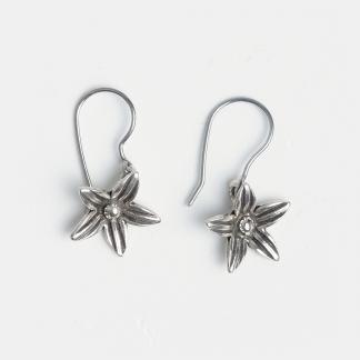 Cercei mici din argint floare cu cinci petale, Thailanda