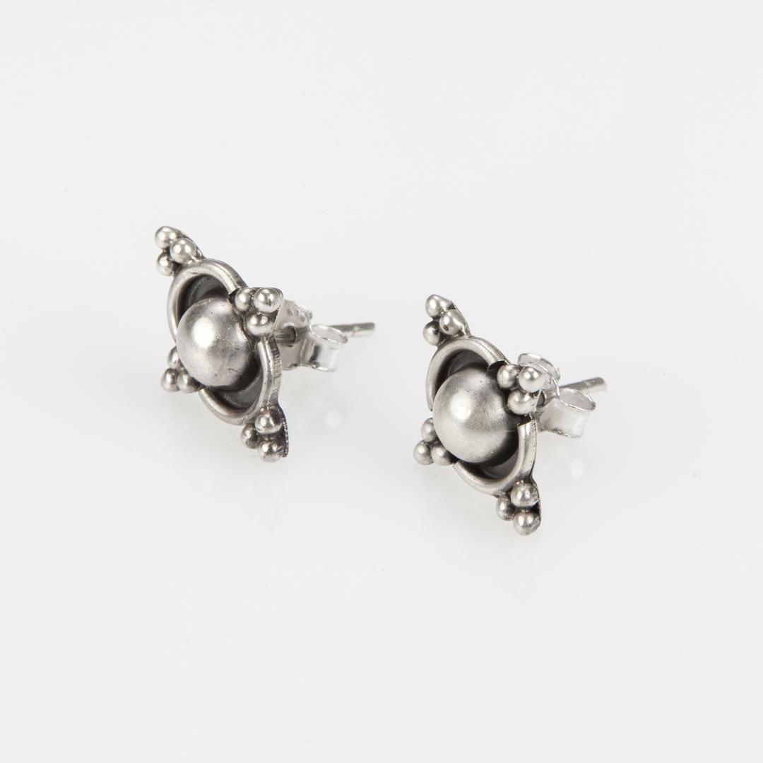 Cercei mici, floricică, șurub, argint, India