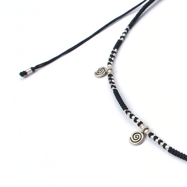 Colier argint și fir negru, spirale, Thailanda
