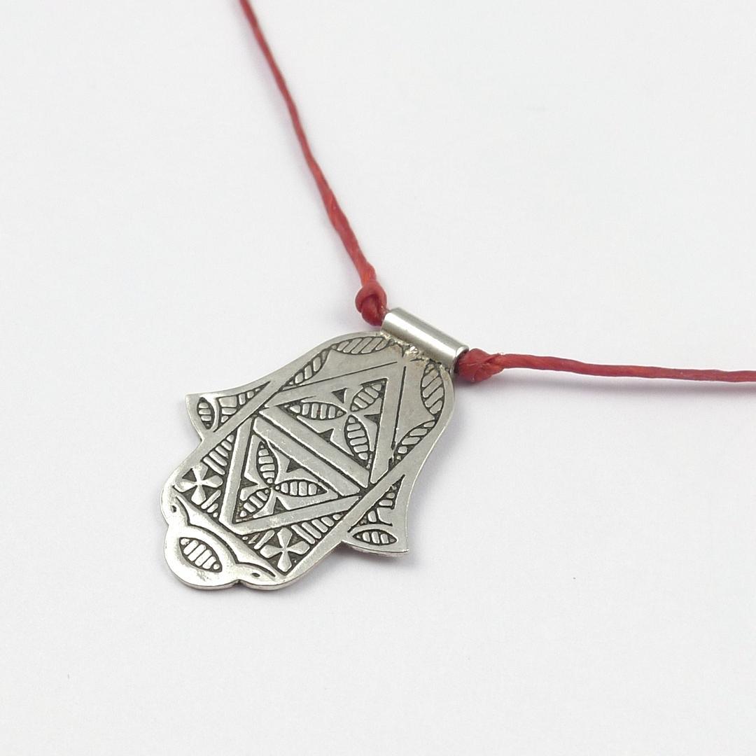 Colier argint hamsa, fir roșu reglabil