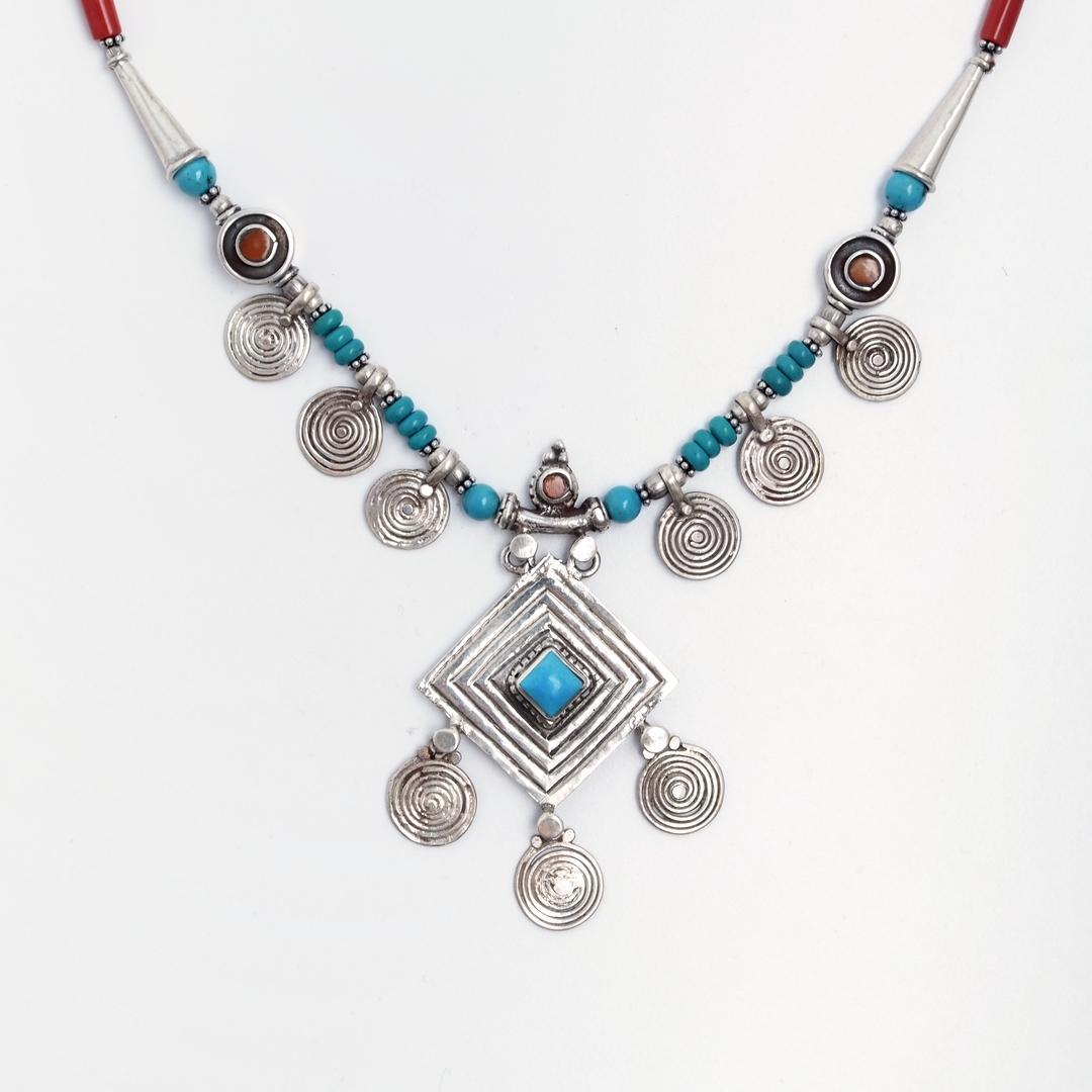 Colier unicat Tharu, argint, coral, turcoaz tibetan, Nepal