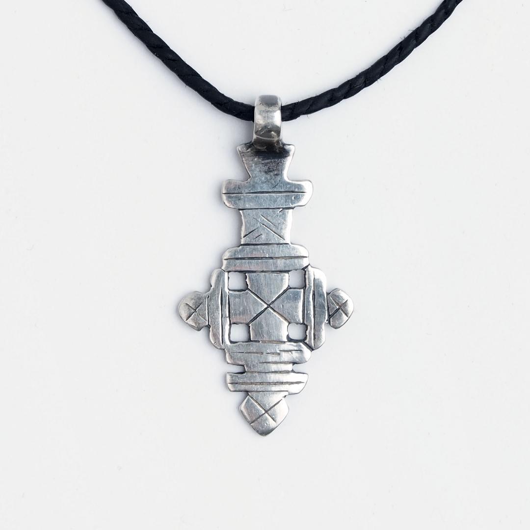 Cruce creștină etiopiană Dese, argint, șnur de piele