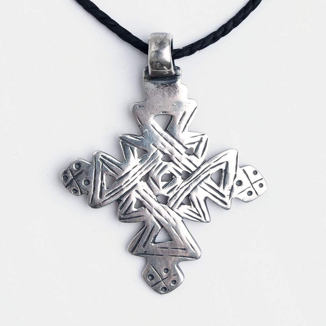 Cruce creștină etiopiană Lalibela, argint, șnur de piele