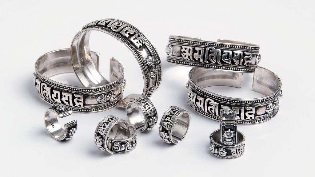 Inele și brățări Om Mani Padme Hum, argint, Nepal