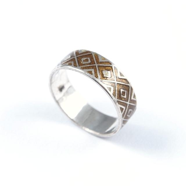 Inel argint și email galben-ocru, romb, India