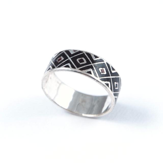 Inel argint și email maron închis, romb, India