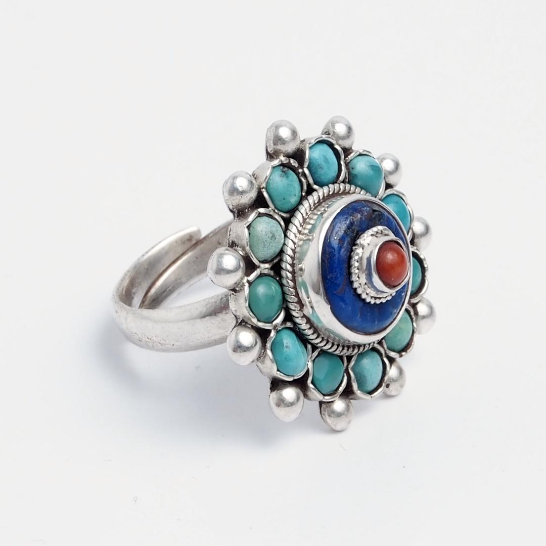 Inel mandala Langtang, argint, turcoaz tibetan, lapis lazuli și coral, Nepal