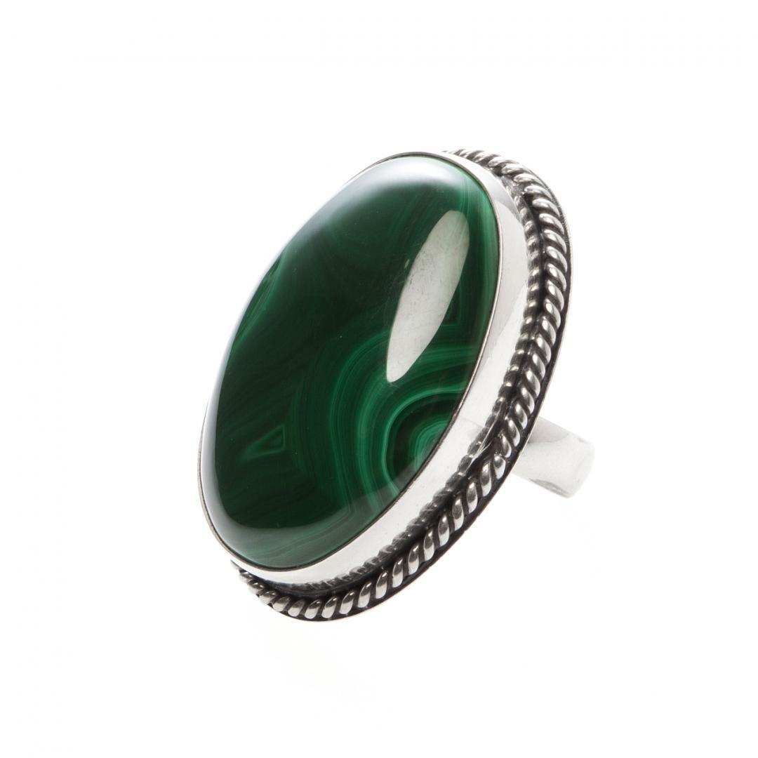 Inel oval III, argint și malachit, India
