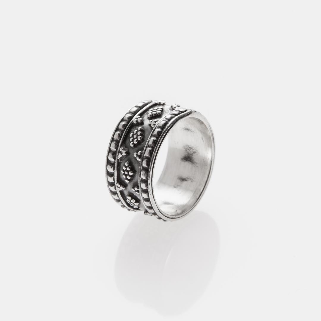 Inel tip verighetă, floricele, granulație, argint, India