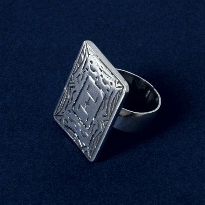 "Inel argint litera ""I"" din alfabetul tuareg"
