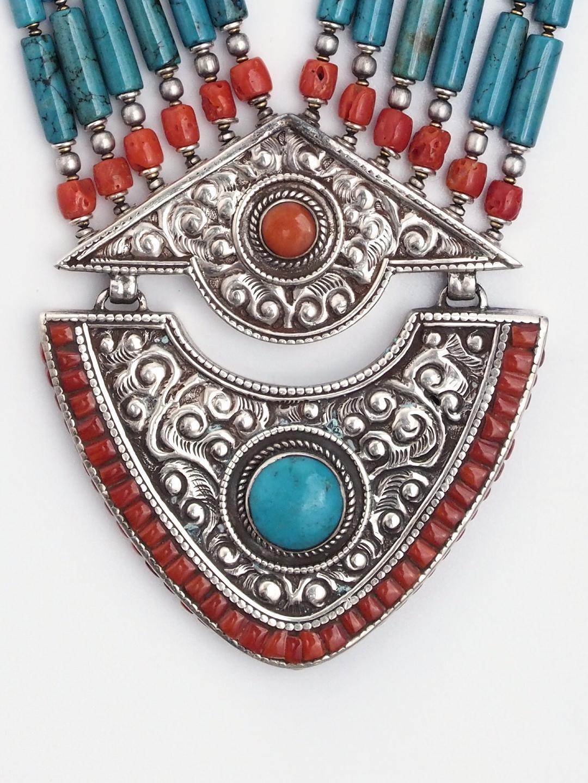 Colier statement unicat argint, turcoaz și coral Nepalganj, Nepal