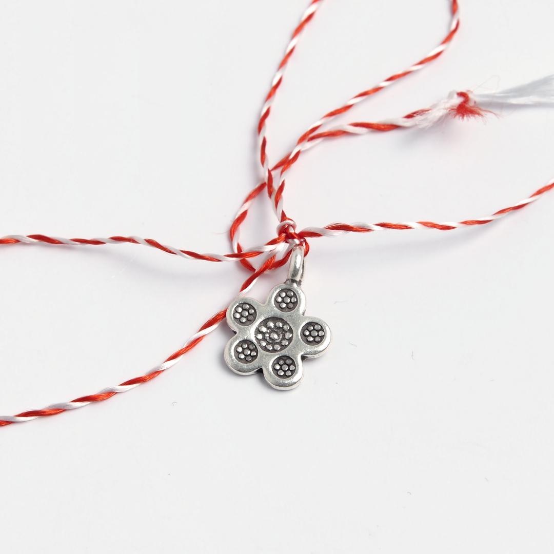 Mărțișor floare cu cinci petale din argint