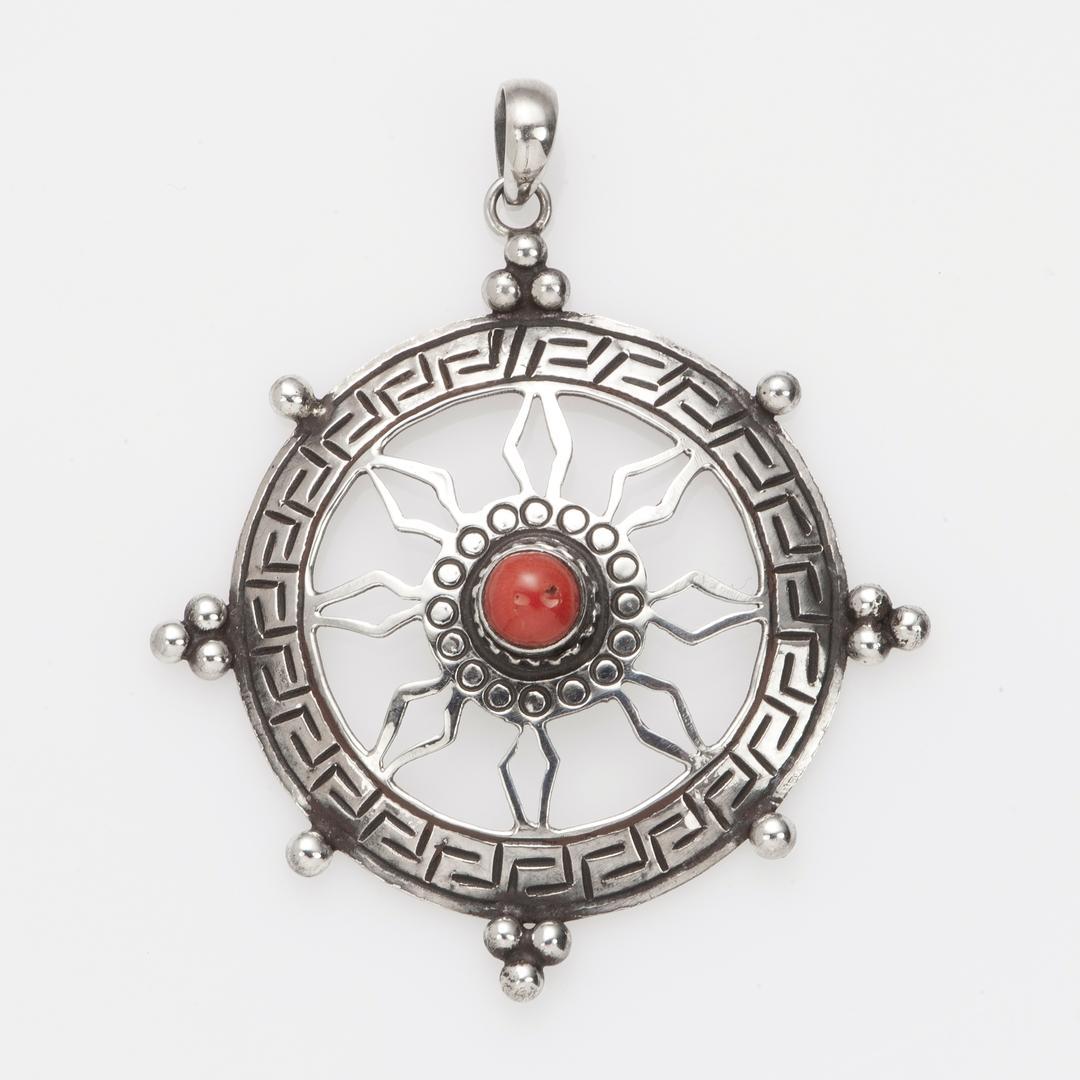 Pandantiv amuletă Chakra, argint, coral, Nepal