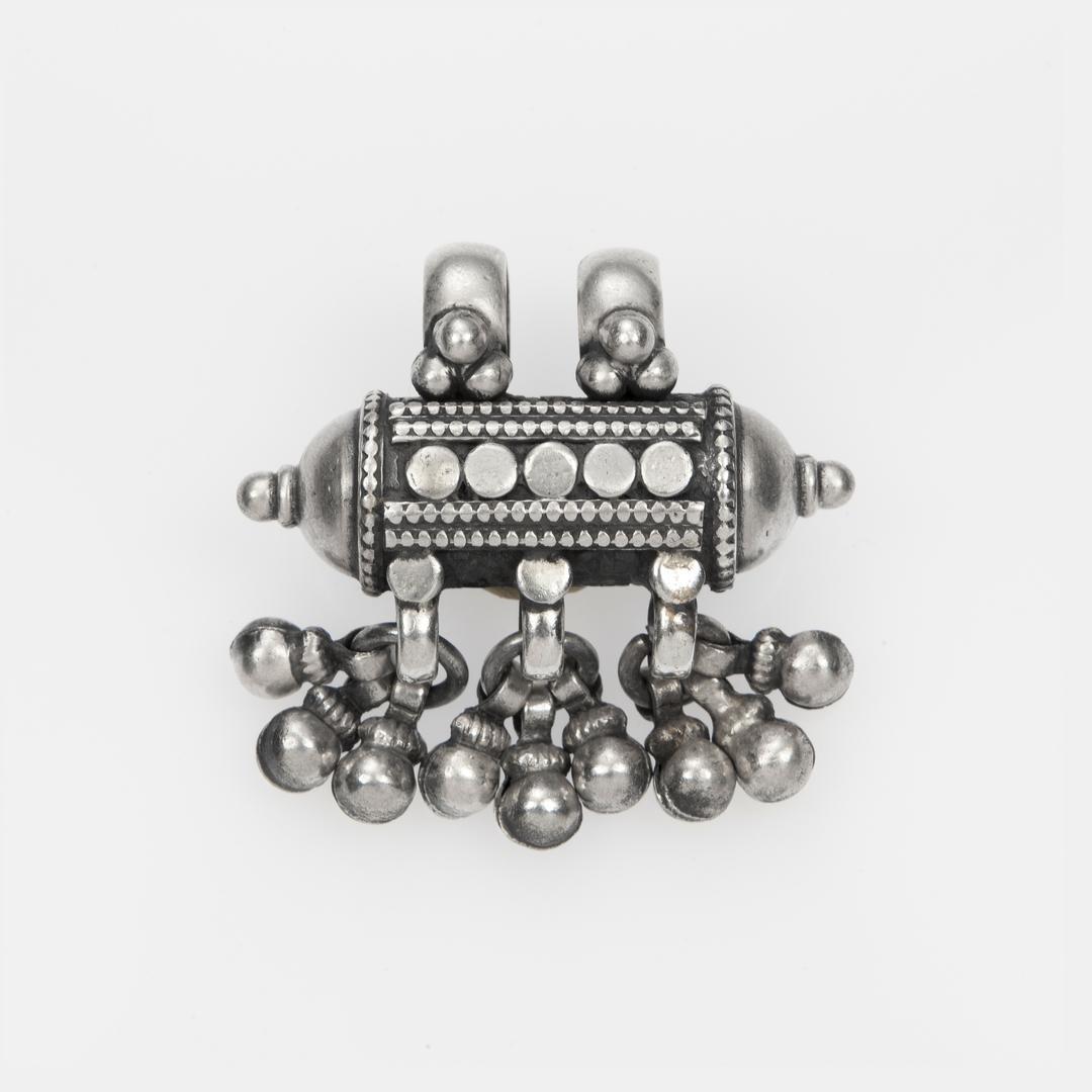Pandantiv amuletă ciucurași, argint, India