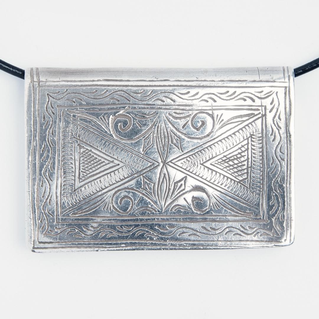 Pandantiv amuletă Kitab, cutiuță gravată, argint, Maroc