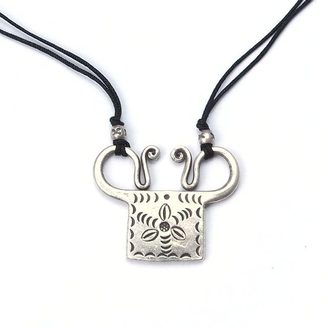 "Pandantiv argint și fir negru, ""spirit lock"", Thailanda"