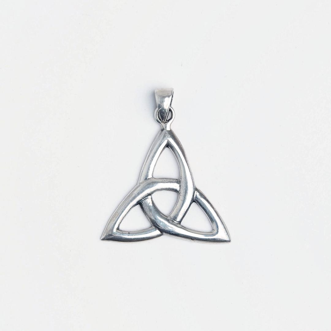 Pandantiv argint simbol celtic triskelion