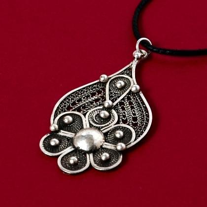 Pandantiv berber floare, argint filigranat