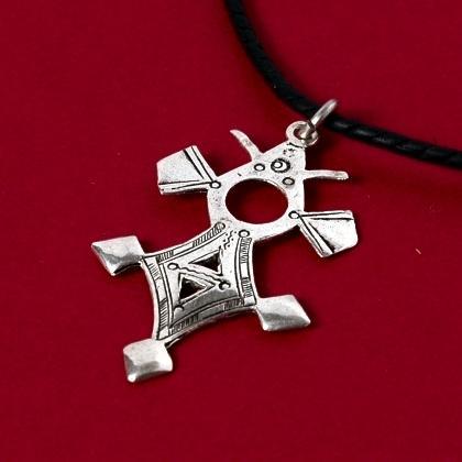 Pandantiv cruce tuaregă Tahoua mică, argint