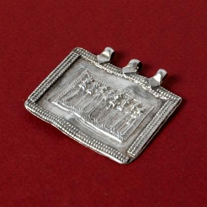 Pandantiv indian Sapta Matrikas argint, sec. XX