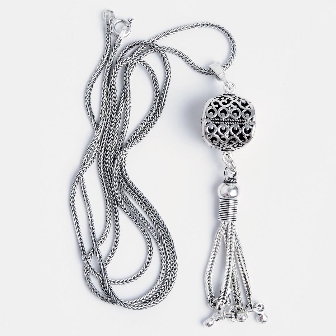 Pandantiv Ketut cu lanț lung, argint, Indonezia
