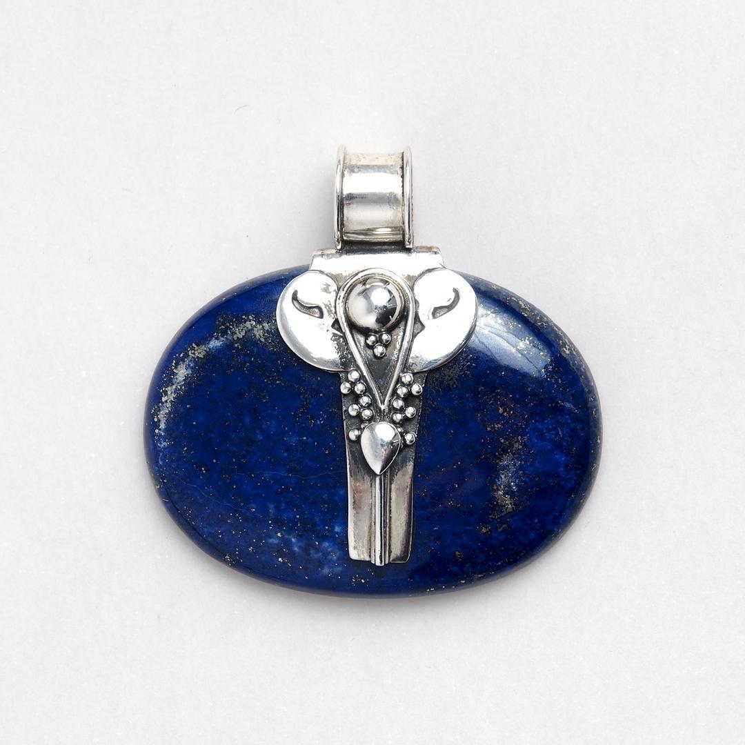 Pandantiv oval Farha, argint și lapis lazuli, India